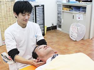 成田市交通事故治療、ムチウチ治療